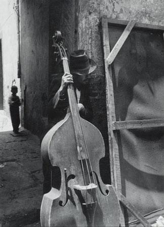 lola alvarez bravo fotografa mexicana el sueño de los pobres a ver quién me oye músico
